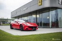 Ferrari <em>FF </em> Official Ferrari Dealer, 2015r.