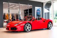 Ferrari <em>488 </em> Spider. Official Ferrari Dealer., 2018r.