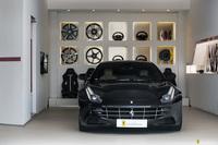 Ferrari <em>FF </em> Official Ferrari Dealer, 2012r.