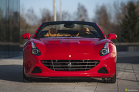 Ferrari <em>California </em> T HS. Official Ferrari Dealer, 2017r.