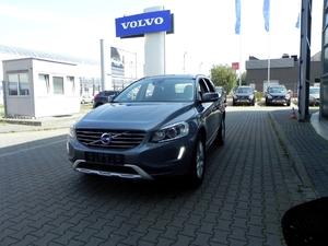 Volvo <em>XC 60 </em> D4 AWD 2.4cm3, Summum, VAT23%, 2017r.