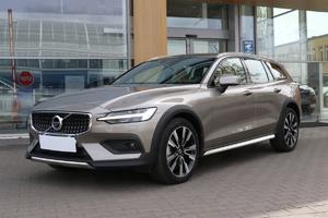 Volvo <em>V60 </em> Cross Country Pro T5 2.0l 250 KM AWD automat salon PL, gwar, I wł FV23, 2019r.