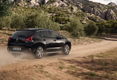 Nowy Peugeot 3008 crossover.