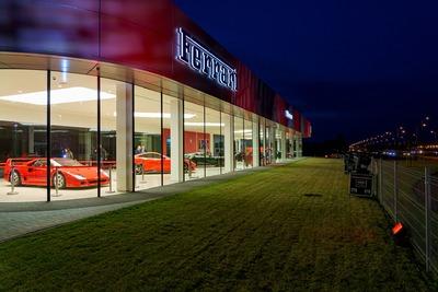 Oficjalne otwarcie Ferrari Warszawa