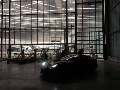 F12 Berlinetta na lotnisku w Katowicach