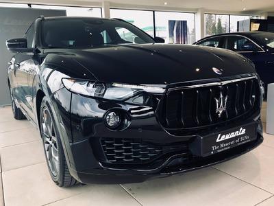 Nerissimo w Katowicach. Maserati Levante w czerni