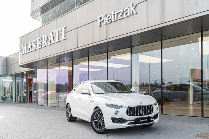Maserati <em>Levante </em> Levante GranLusso 350KM MY21, 2020r.