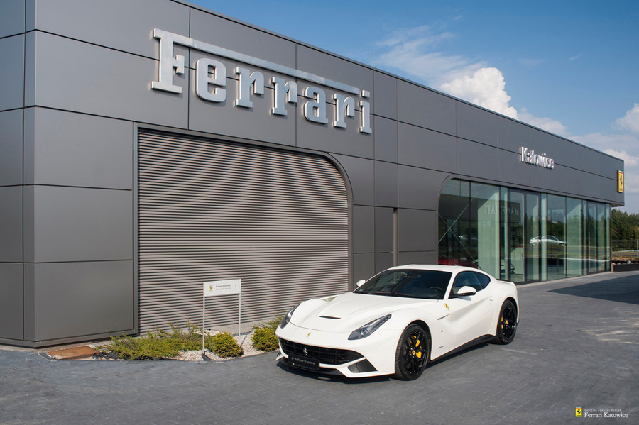 Ferrari <em>F12berlinetta </em> Official Ferrari Dealer, 2014r.