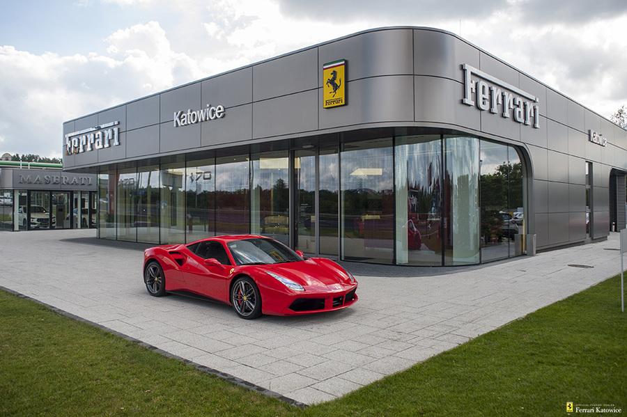 Ferrari <em>488 </em> GTB. Official Ferrari Dealer., 2017r.