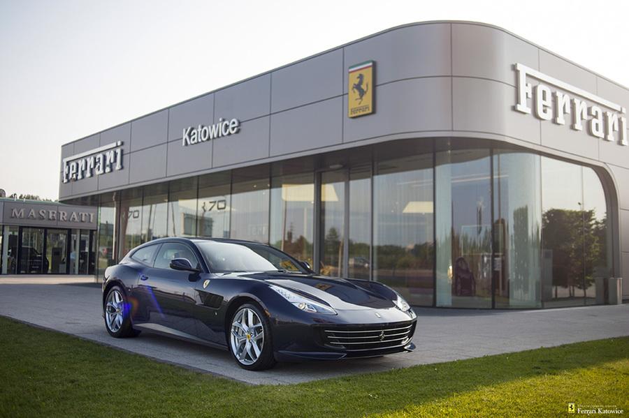 Ferrari <em>GTC4Lusso </em> T. Official Ferrari Dealer., 2017r.