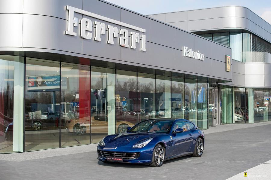 Ferrari <em>GTC4Lusso </em> Official Ferrari Dealer, 2019r.