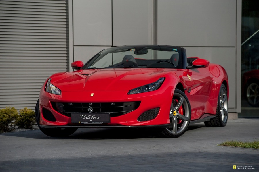 Ferrari <em>Portofino </em> Official Ferrari Dealer., 2018r.