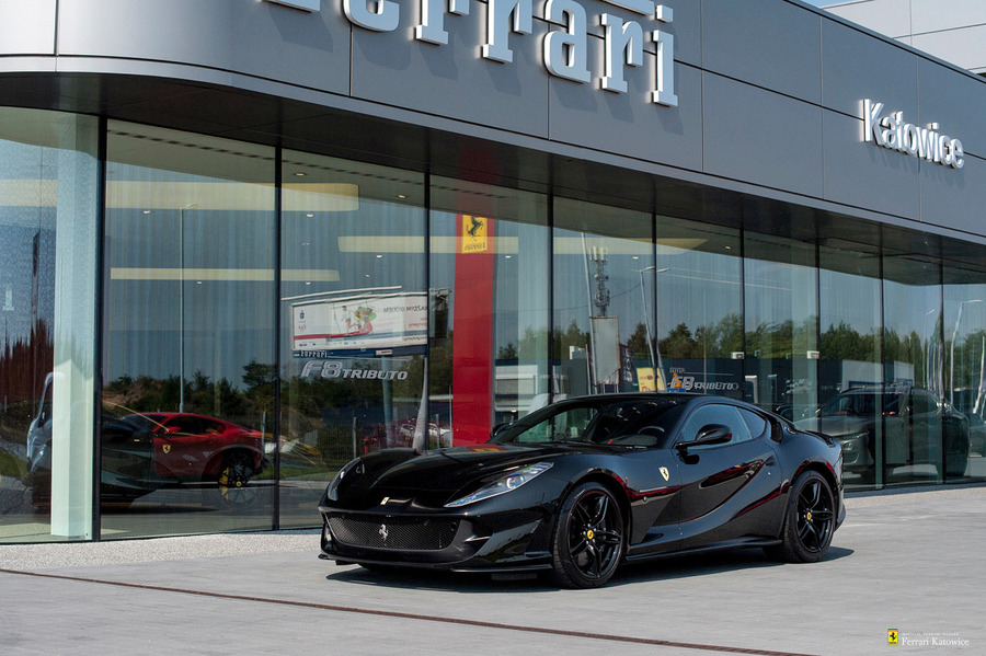 Ferrari <em>812 Superfast </em> Official Ferrari Dealer, 2019r.