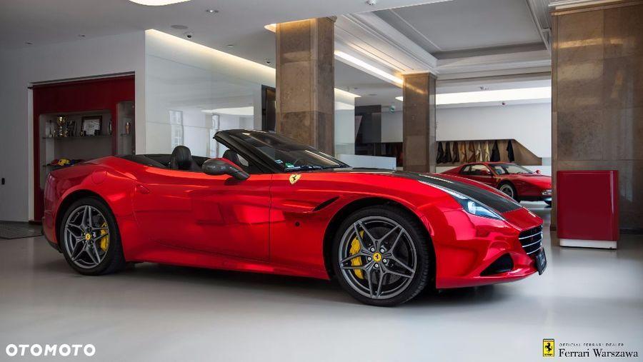 Ferrari <em>California </em> Official Ferrari Dealer, 2015r.