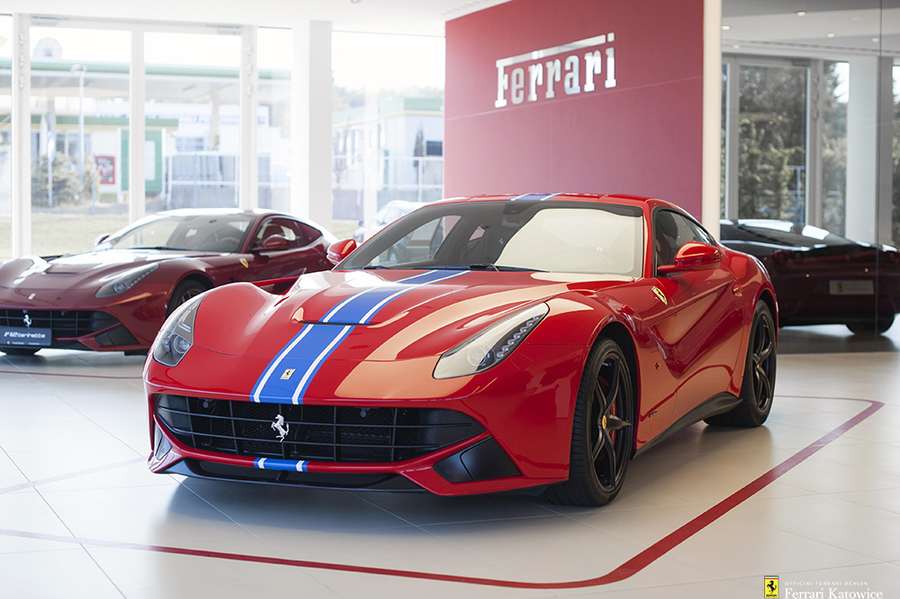 Ferrari <em>F12berlinetta </em> Tailor Made. Official Ferrari Dealer., 2015r.