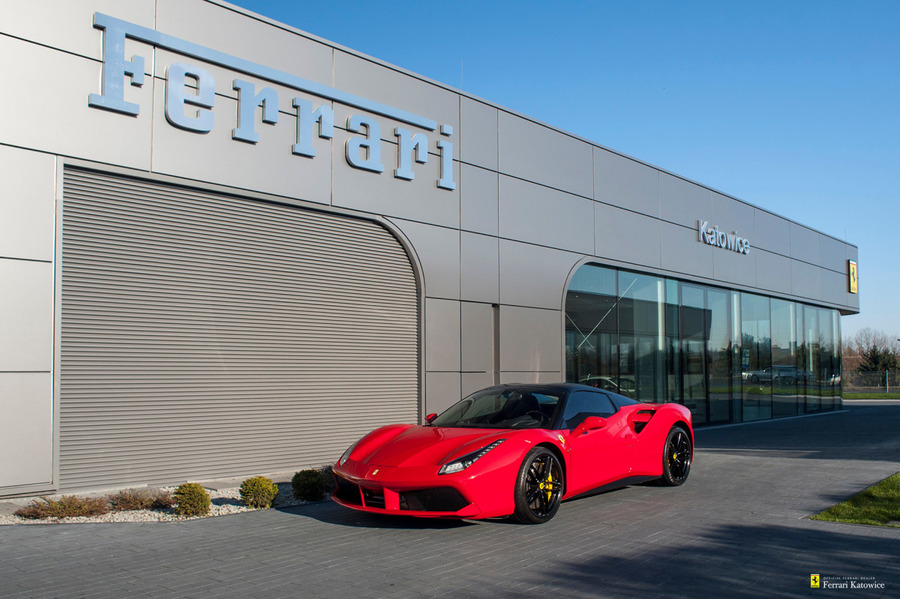 Ferrari <em>488 </em> Spider. Official Ferrari Dealer., 2016r.