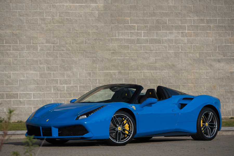 Ferrari <em>488 </em> Spider. Official Ferrari Dealer., 2018r.