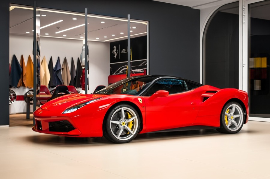 Ferrari <em>488 </em> GTB Official Ferrari Dealer, 2018r.