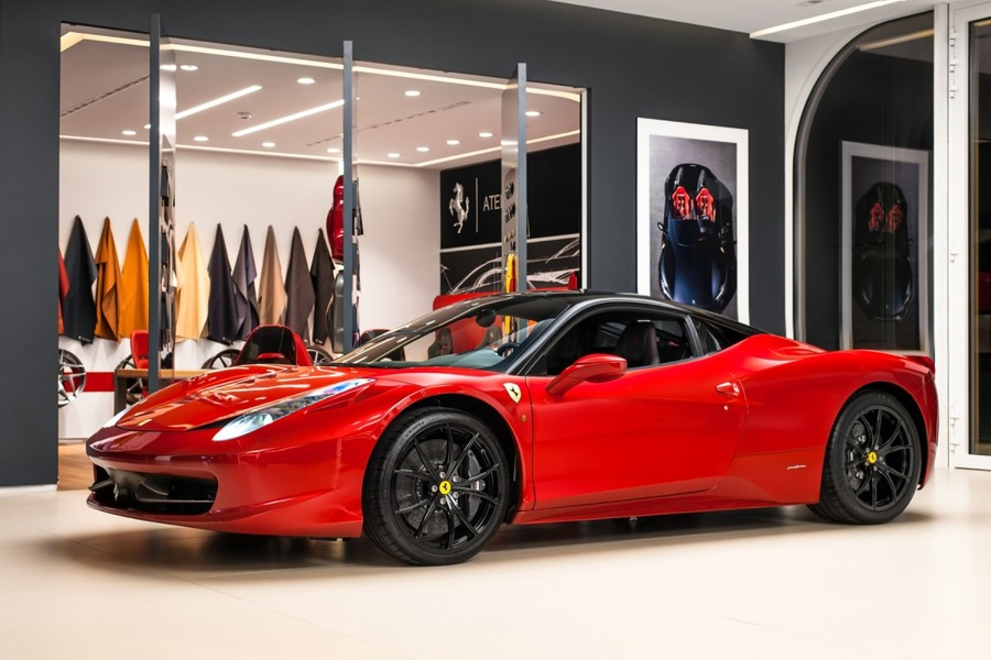 Ferrari <em>458 Italia </em> Official Ferrari Dealer, 2011r.