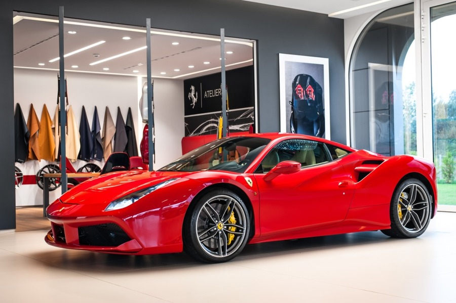 Ferrari <em>488 </em> GTB Official Ferrari Dealer, 2016r.