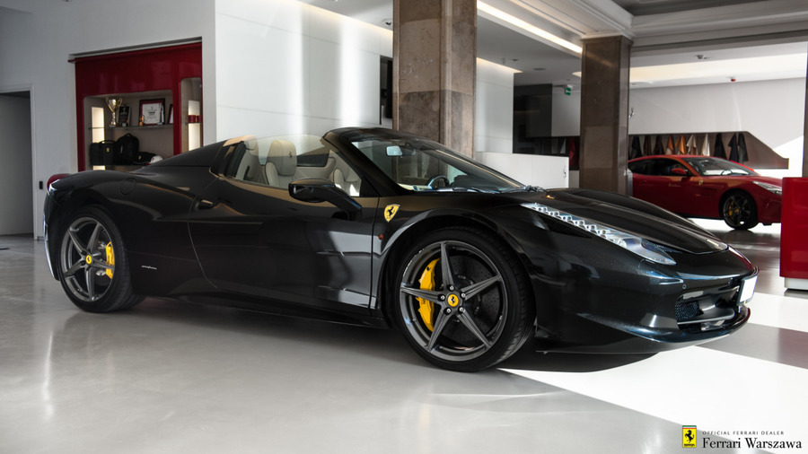 Ferrari <em>458 Italia </em> Spider. Official Ferrari Dealer., 2014r.