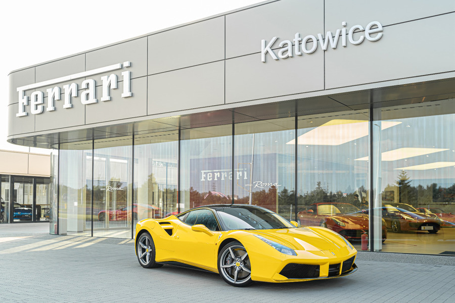 Ferrari <em>488 </em> GTB. Official Ferrari Dealer., 2018r.