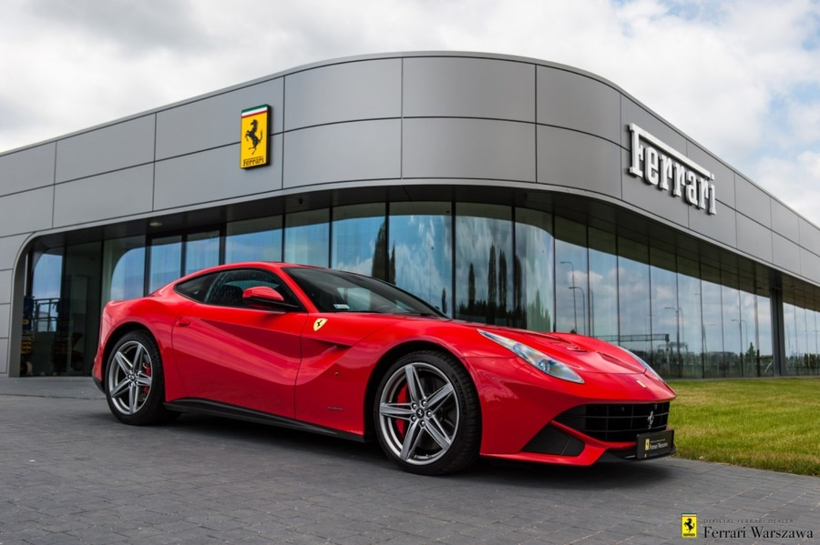 Ferrari <em>F12berlinetta </em> Official Ferrari Dealer, 2013r.